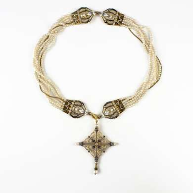 Renaissance Revival pearl and enamel necklace by Giuliano