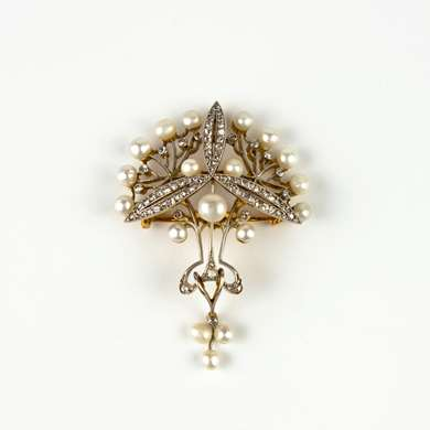 Belle Epoque diamonds and pearls pendant