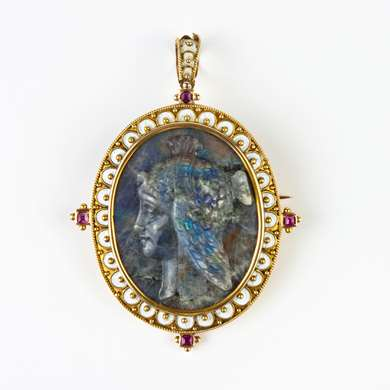 Gold and labradorite cameo pendant