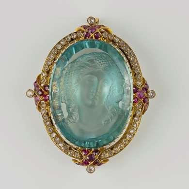 Antique aquamarine cameo gold, ruby and diamonds brooch/pendant