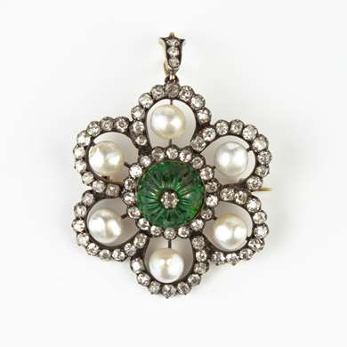 Emerald, pearls and diamonds brooch/pendant on gold and silver