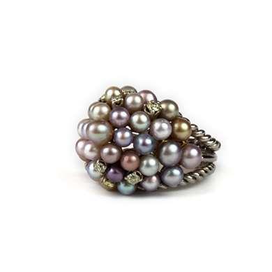 Gold pearls and diamonds ring by Gazdar (Mumbai)
