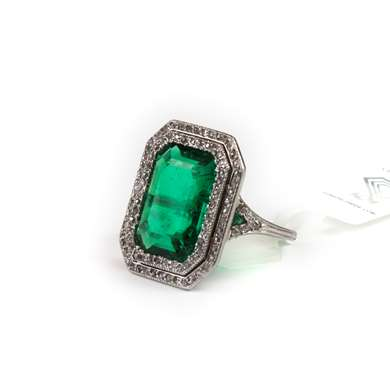 Belle Epoque gold emerald and diamond ring