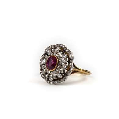 rubis and diamond gold ring
