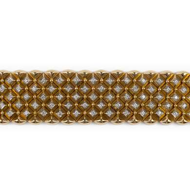 Flexible cuff gold and diamond bracelet