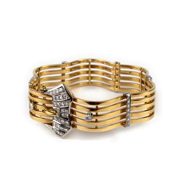 Gold and diamonds bangle