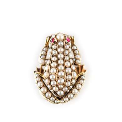 Late victorian gold and pearl Frog brooch