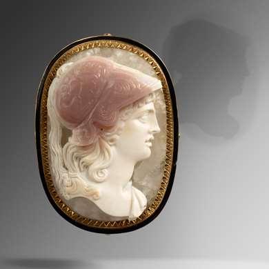 Neoclassical cameo agate tricolor representing a profile of Athena